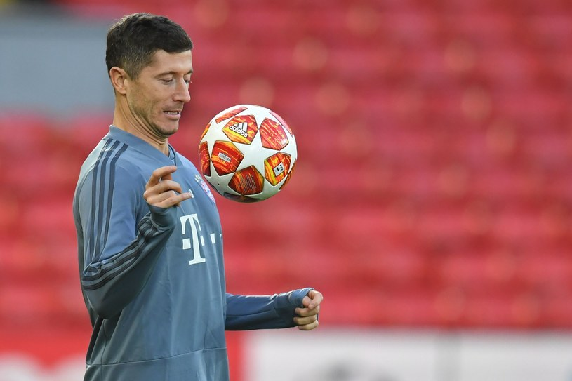 Robert Lewandowski na Anfield Road /AFP