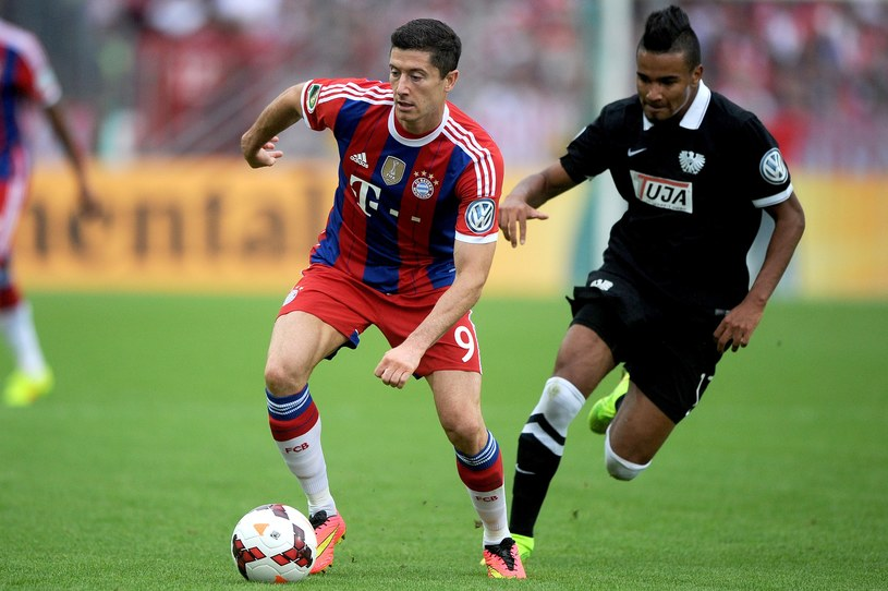 Robert Lewandowski od tego sezonu reprezentuje Bayern Monachium /AFP