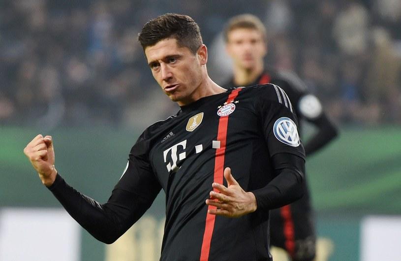 Robert Lewandowski po golu na 0-1. /AFP