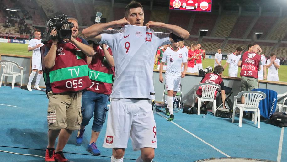 33b77e72d Polska z Izraelem zagra w specjalnych koszulkach. Co o nich myślicie ...