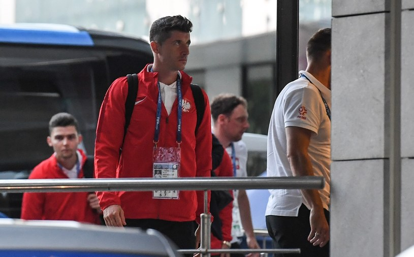 Robert Lewandowski po przegranym meczu z Kolumbią /Paweł Skraba /Reporter