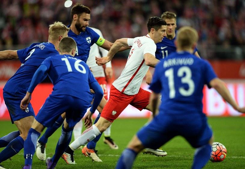 Robert Lewandowski podczas Euro 2016 na pewno będzie uważnie pilnowany /AFP