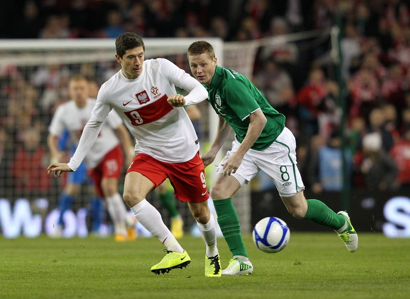 Robert Lewandowski podczas meczu Irlandia - Polska /AFP