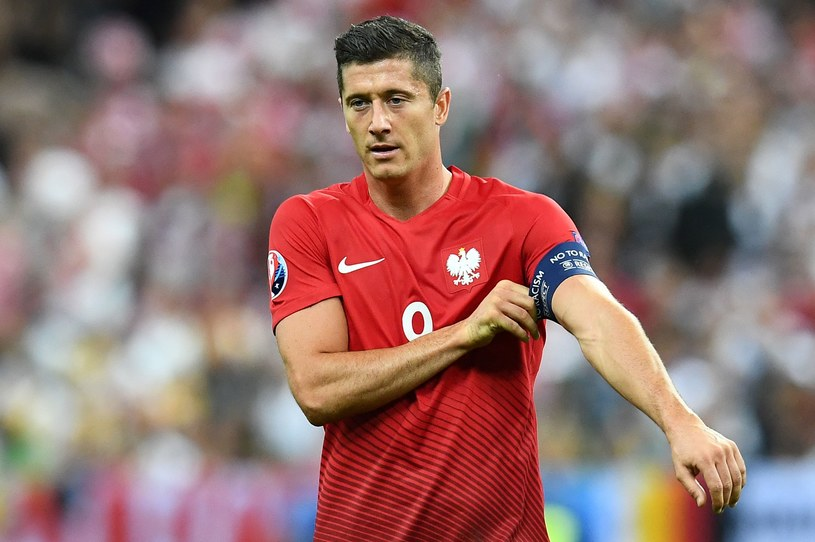 Robert Lewandowski podczas meczu Niemcy - Polska /AFP