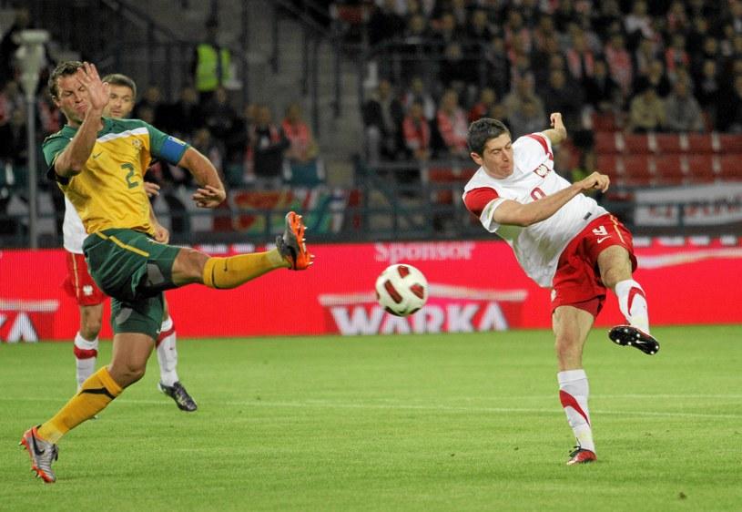 Robert Lewandowski podczas meczu z Australią na stadionie Wisły w 2010 roku /Mateusz Skwarczek /Agencja Gazeta