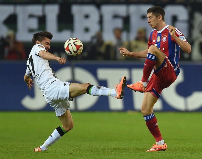 Robert Lewandowski podczas meczu z Borussią Moenchengladbach /AFP