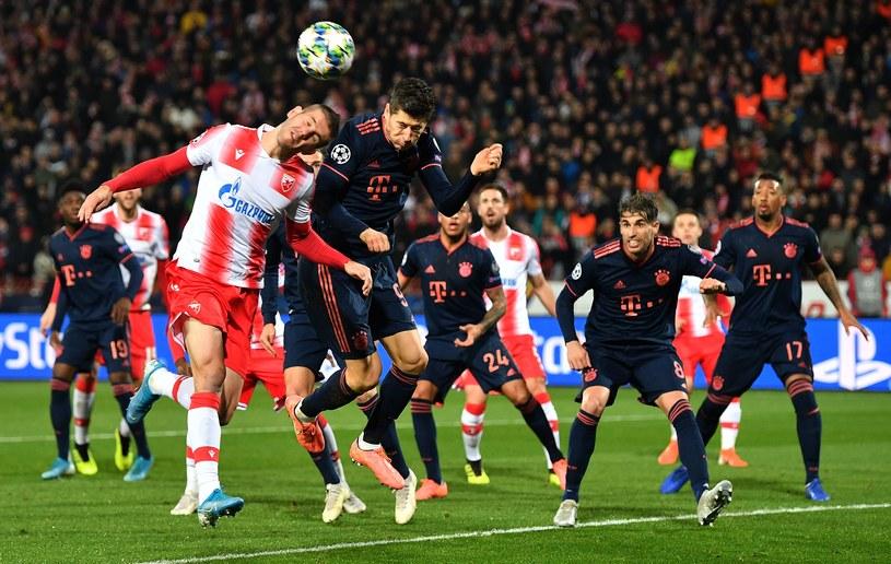 Robert Lewandowski podczas meczu z Crveną Zvezdą Belgrad /AFP