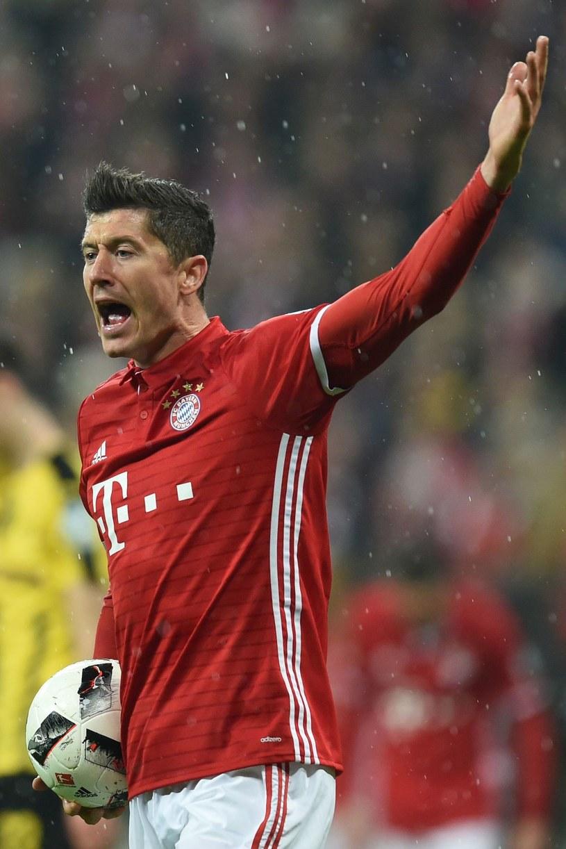 Robert Lewandowski skrytykował szefów Bayernu za to niewystarczające wzmocnienia zespołu /AFP