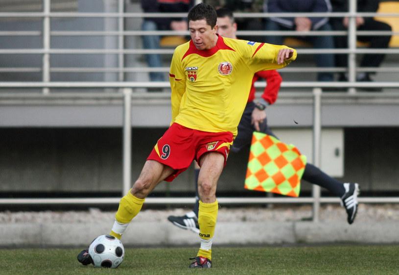 Robert Lewandowski w barwach Znicza Pruszków w 2007 roku /MICHAL WIELGUS /East News