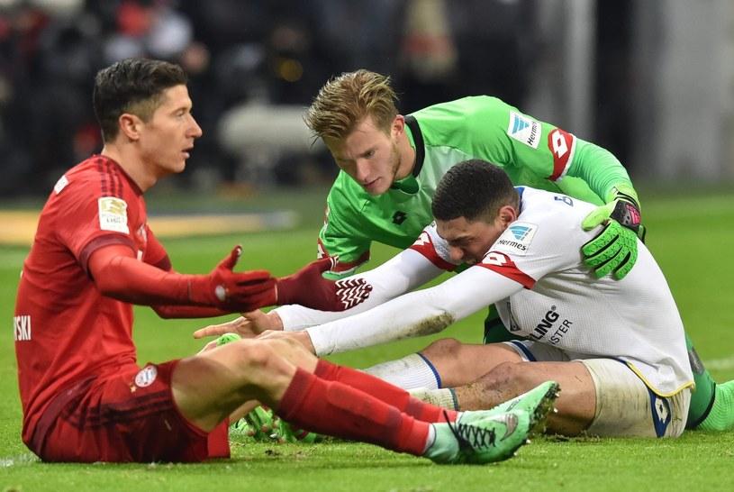 Robert Lewandowski (z lewej) nie strzelił gola dla Bayernu w meczu z Mainz /PAP/EPA