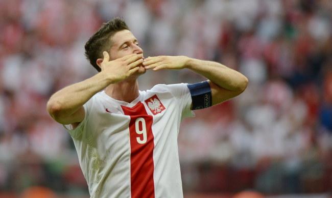 Robert Lewandowski zdobył trzy bramki w meczu z Gruzją /Bartłomiej Zborowski /PAP