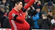Robert Lewandowski zostanie tatą? Nietypowy gest w trakcie meczu