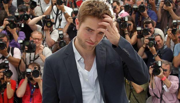 Robert Pattinson na festiwalu w Cannes /AFP