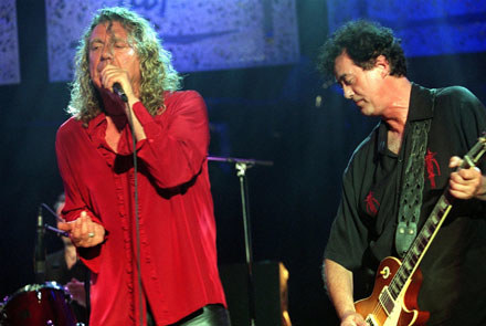 Robert Plant i Jimmy Page (Led Zeppelin) /arch. AFP
