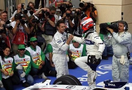 Robert po wywalczeniu pole position w GP Bahrajnu /AFP