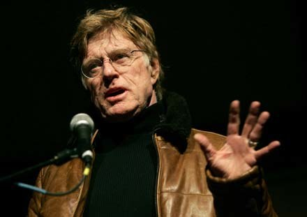 "Robert Redford po projekcji ""Chicago 10"" /AFP"