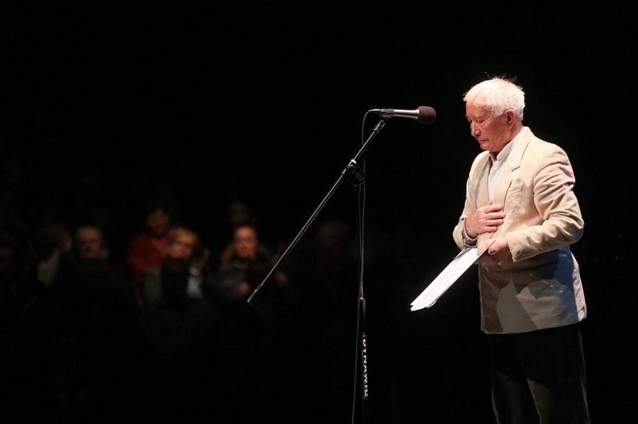 Robert Rogalski w czasie obchodów Dnia Artystów Weteranów, zorganizowanego przez Fundację Artystów Weteranów Scen Polskich oraz ZASP /Leszek Szymański /PAP