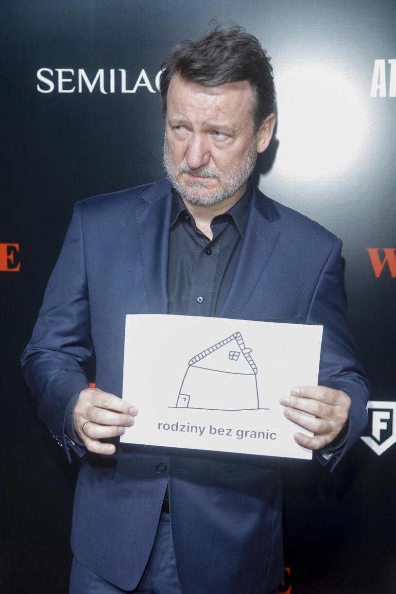 """Robert Więckiewicz na premierze filmu """"Wesele"""" (2021) /Baranowski /AKPA"""