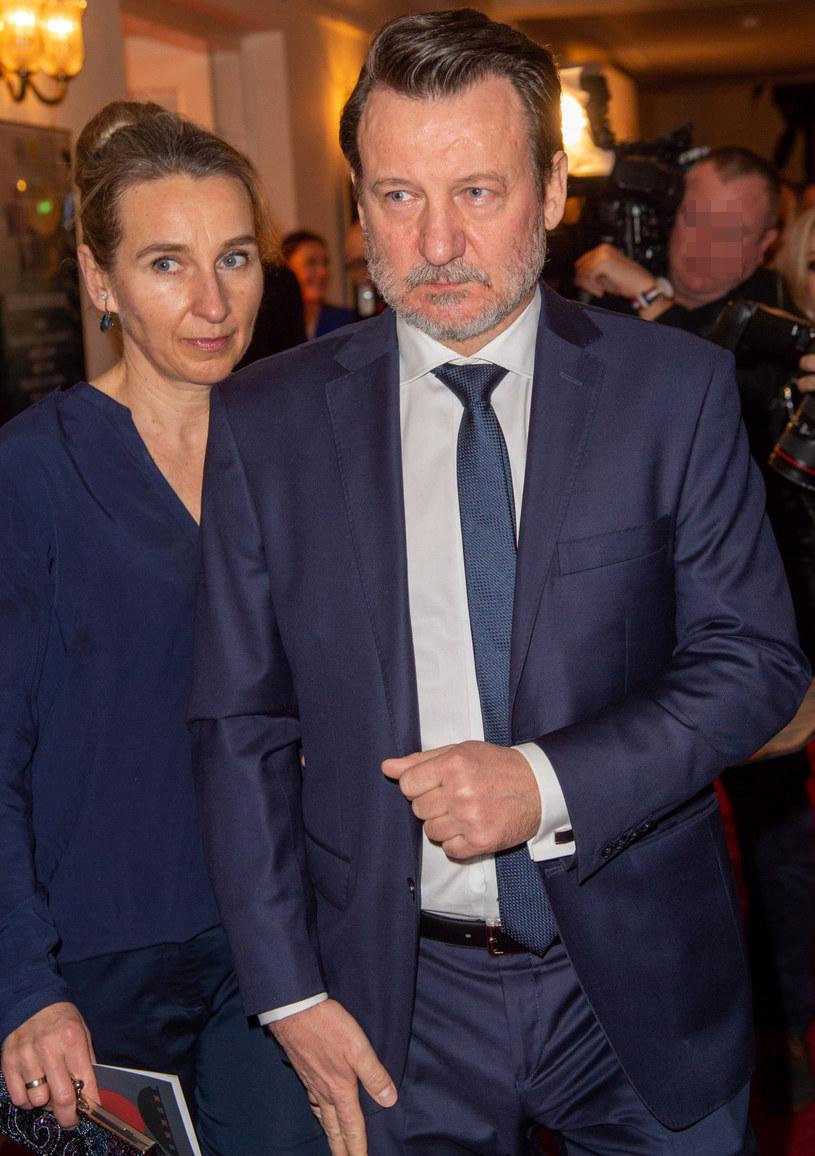 Robert Więckiewicz z żoną na rozdaniu Orłów