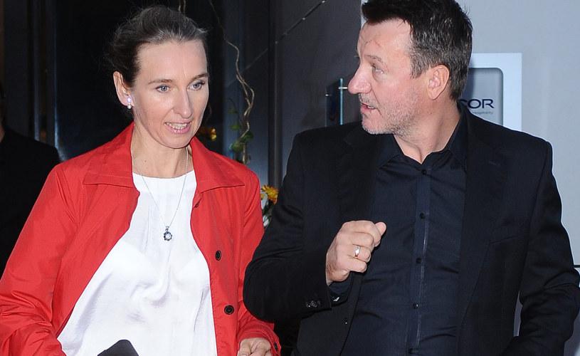 Robert Więkckiewicz z żoną /Andras Szilagyi /MWMedia