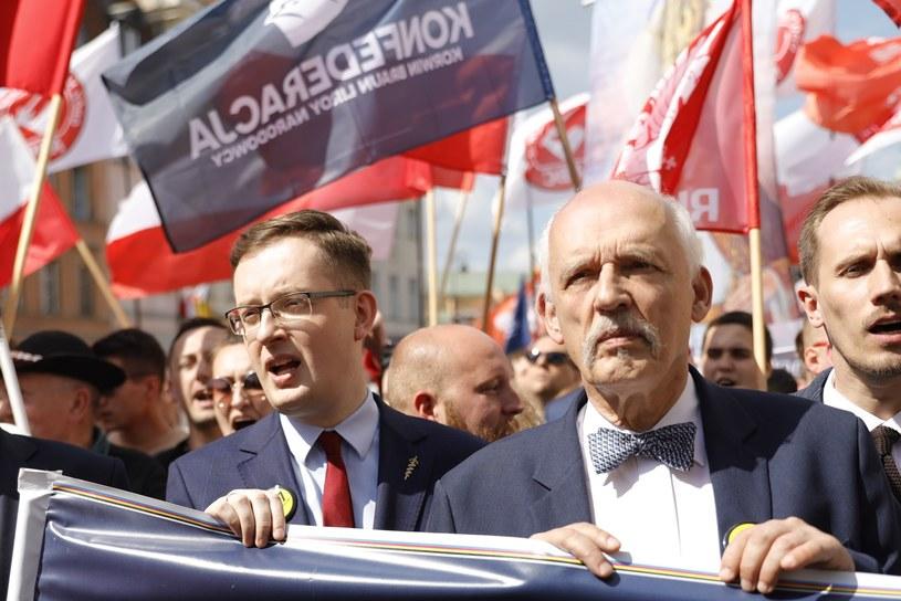 Robert Winnicki i Janusz Korwin-Mikke /Grzegorz Banaszak/REPORTER /Reporter