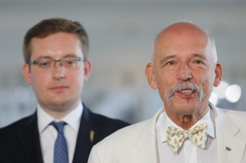 Robert Winnicki i Janusz Korwin-Mikke /Tomasz Jastrzębowski /Reporter