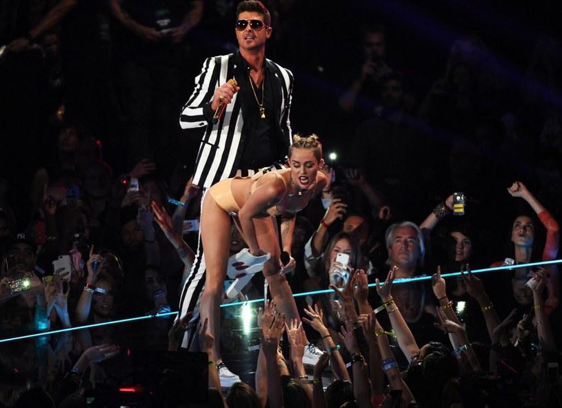 Robin Thicke i Miley Cyrus /Frank Micelotta/Invision/AP /East News