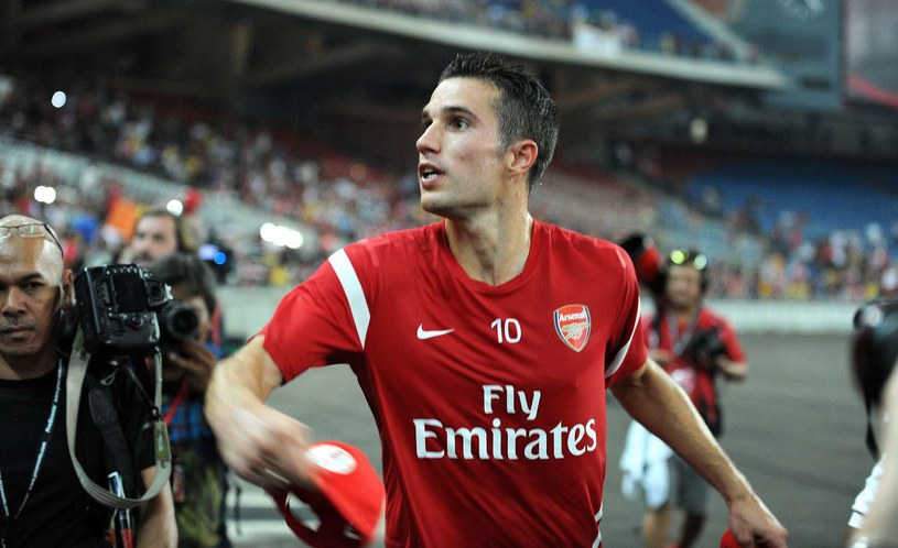 Robin van Persie przechodzi z Arsenalu do Man Utd /- /AFP