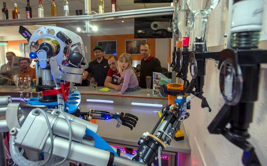 Robot Carl /Michael Reichel    /PAP/EPA