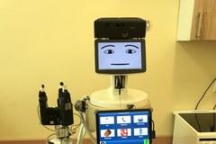 Robot, który ma pomagać osobom chorym na Alzheimera na testach