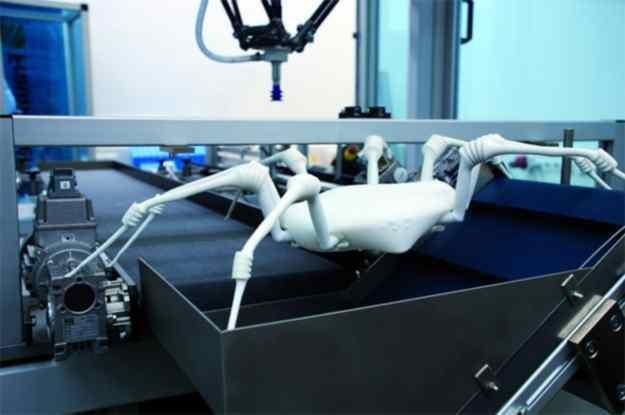 Robot - pająk pomoże ratownikom w ratowaniu ludzi/ fot.gadżetomania /materiały prasowe