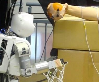 Robot sterujący człowiekiem