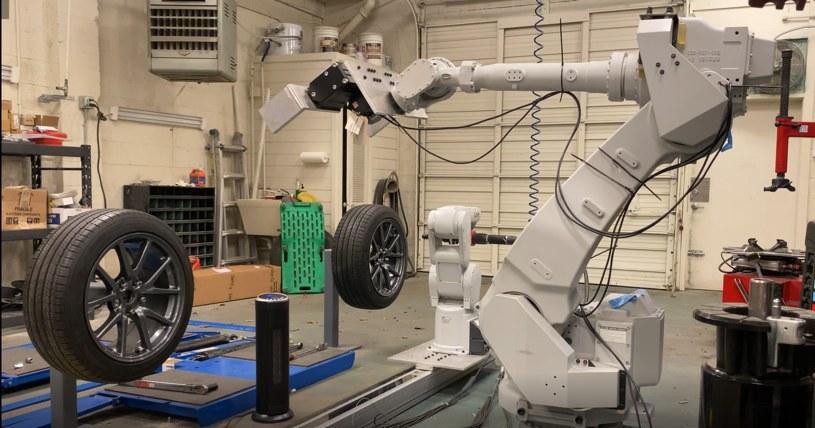 RoboTire /fot.techcrunch.com /materiał zewnętrzny