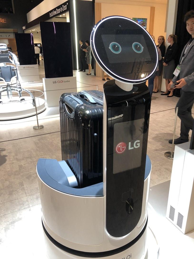 Roboty zamiast hotelarzy - to nieodległa wizja przyszłości /INTERIA.PL
