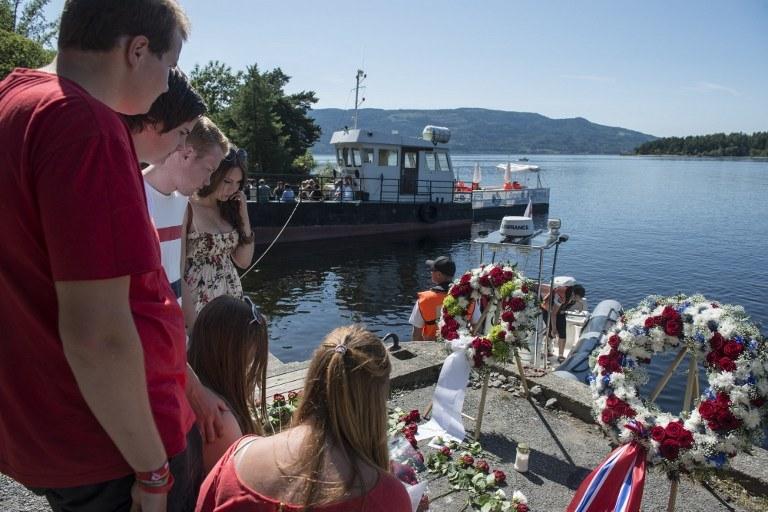 Rocznica tragedii na wyspie Utoya /AFP