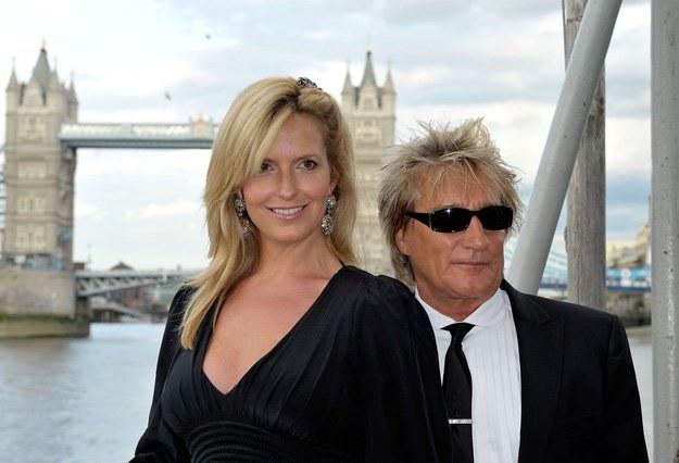 Rod Stewart z żoną w Londynie - fot. Simon James /Getty Images/Flash Press Media