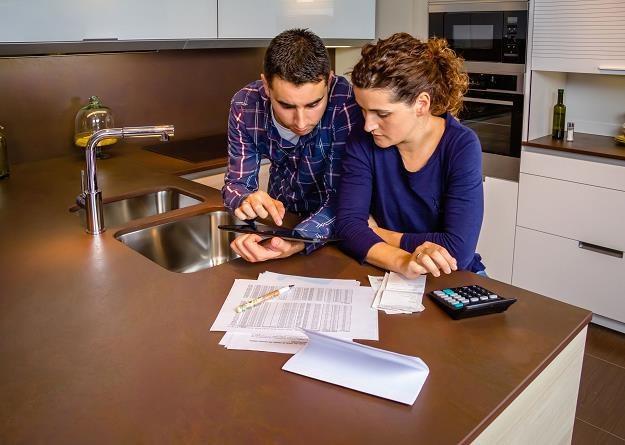 Rodacy chcą zmian w systemie emerytalnym /©123RF/PICSEL