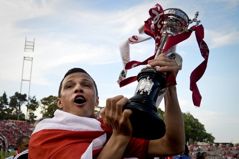 Rodrigo Lima z Benfiki z Pucharem Portugalii /AFP