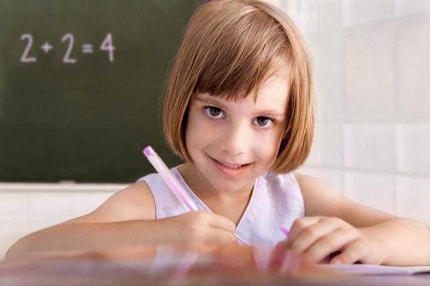 Rodzice chcą decydować o tym, kiedy dziecko zacznie naukę /© Bauer