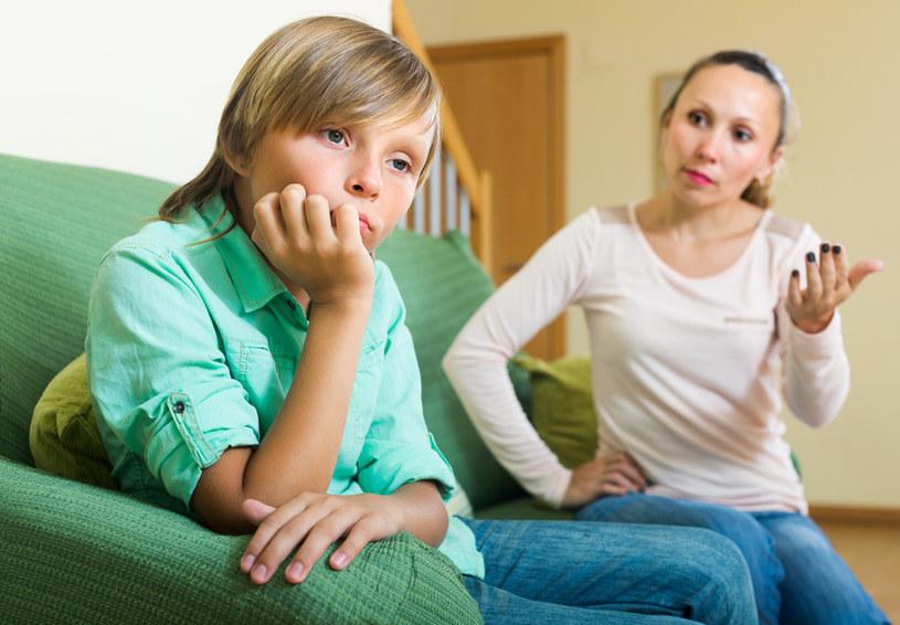 Rodzice często nieświadomie bardzo krzywdzą swoje dzieci /123RF/PICSEL