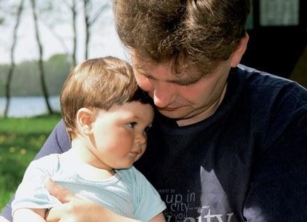 Rodzice często nieświadomie faworyzują jedno z dzieci /INTERIA.PL