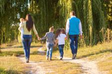 Rodzice łatwiej i szybciej dostaną elektroniczną Kartę Dużej Rodziny