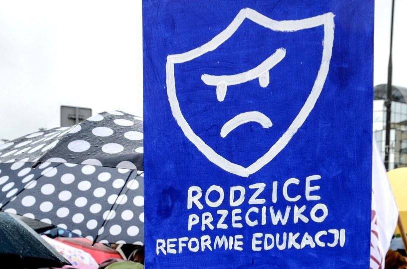 Rodzice przeciwko reformie edukacji /Mariusz Gaczyński /East News