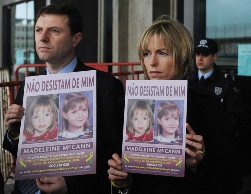 Rodzice zaginionej Madeleine - Kate i Gerry McCann /AFP