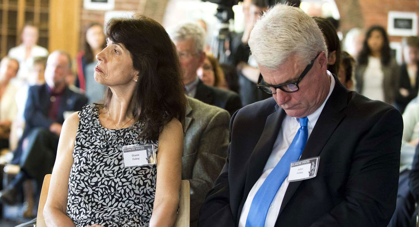 Rodzice zamordowanego Jamesa Foleya. /AFP