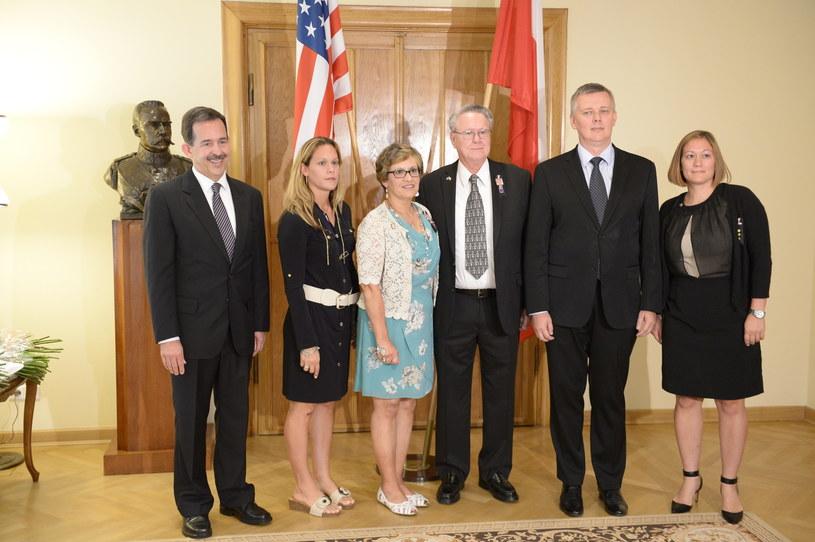 Rodzice zmarłego amerykańskiego żołnierza spotkali się z ministrem Siemoniakiem /Marcin Obara /PAP