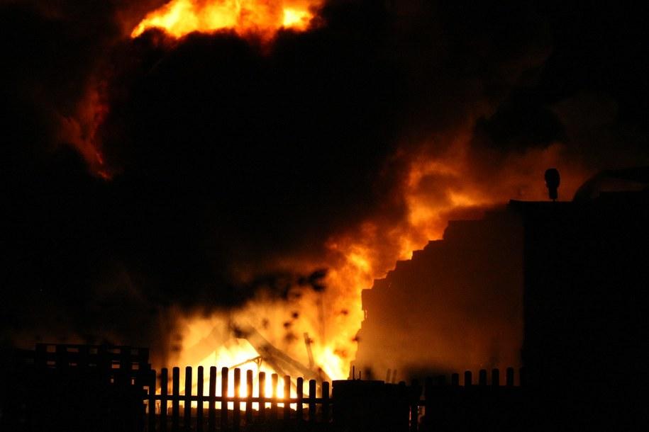 Rodzina Adamowiczów straciła w pożarze dorobek życia /Marcin Bednarski /PAP