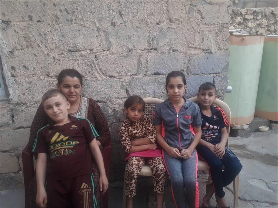 Rodzina Attala Omera marzy o dachu nad głową /Materiały prasowe