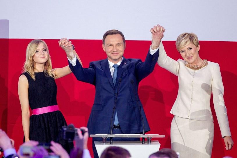 Rodzina Dudów w komplecie /fot. Andrzej Iwanczuk/REPORTER /East News