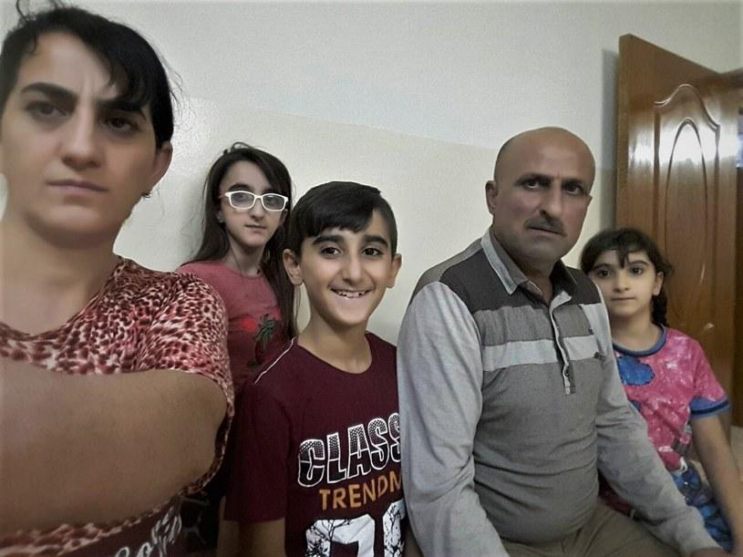 Rodzina Farooka Behnama /Szlachetna Paczka /